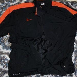 Nike jogging  Sue